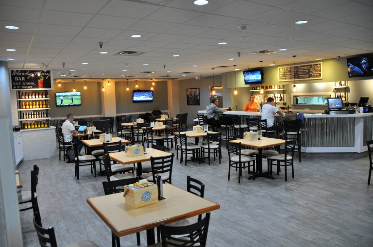 Gulfport-Biloxi Airport - Taproom